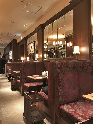 AOビル4階の「カフェ ラントマン」