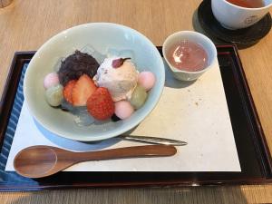 コレド室町3 鶴屋吉信 桜あんみつ